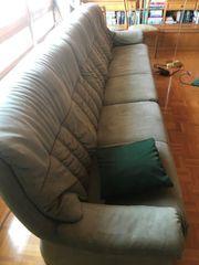 Couch gut erhalten