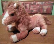 Stofftier - Liegendes Pferd