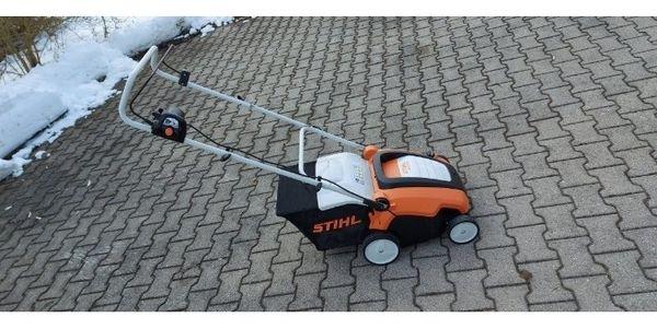Stihl RLE240 Rasenlüfter Elektro mieten