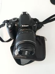 Nikon D3000 Objektiv 18-55 Tasche