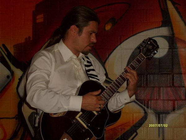Vielsaitige Gitarrenmusik