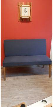 Moderne 3-Sitzer Bank mit Jeansfarbenem