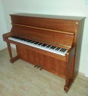 Gepflegtes Klavier zu verkaufen