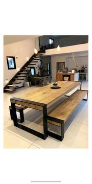 Möbel aus Holz und Metall