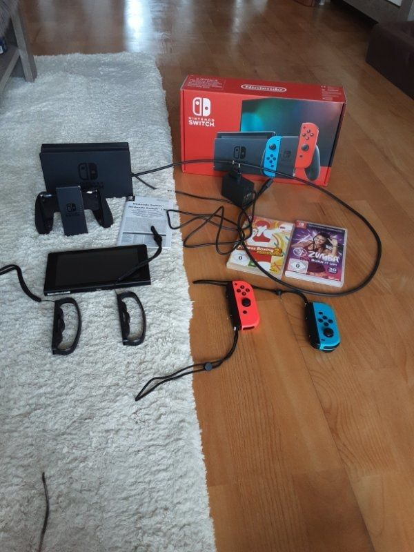 Nagelneue Nintendo Switch