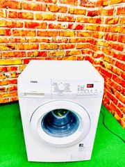 A 6Kg Waschmaschine von AEG