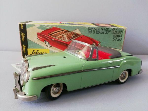SCHUCO 5720 MERCEDES 220S 1962-1965