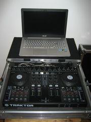 Native Instruments DJ Controller S4