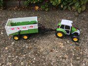 Traktor mit Anhänger und Funtionen