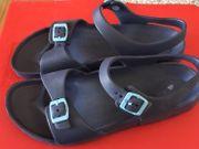 neue Sandalen Gr 41 42