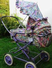 Klassischer Retro - Kinderwagen
