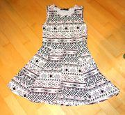 NEUWERTIGES weißbuntes Kleid Größe S