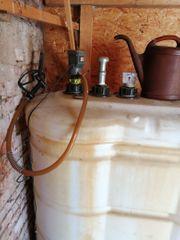 Heizöltank Kunststoff mit elektr Pumpe