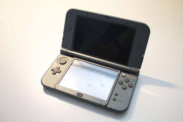 NEW Nintendo 3DS XL 12