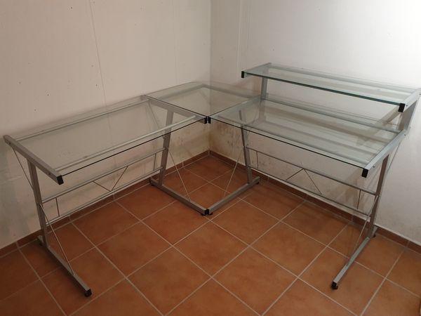 Eck-Schreibtisch mit Glasarbeitsplatten