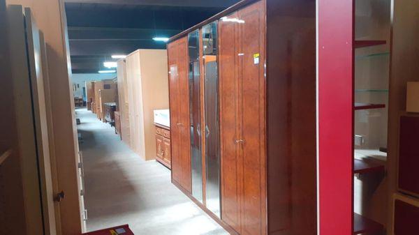 Kleiderschrank hochglanz 280x225x60 gepflegt - HH03056