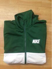 Neuwertige Sport Jacke Von Nike