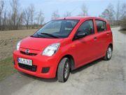 PKW Daihatsu Cuore -VII rot