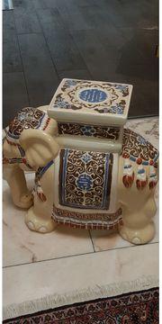 Keramik-Elefant Blumenbank