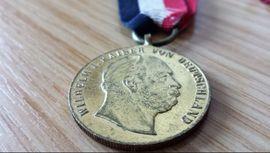 Münzen - Medaille am Band Orden Deutsches