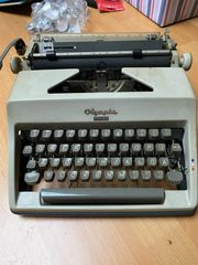 Olympia Monica Schreibmaschine