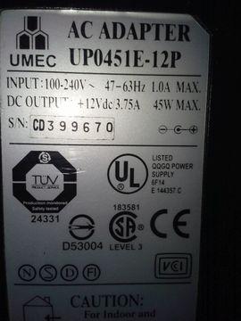 Sonstige Hardware, Zubehör - Umec UP0451E-12P Netzteil