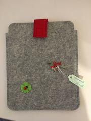 Tablet-Tasche aus Filz Handaebeit