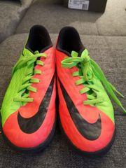 Nike Hypervenom x Gr 37