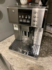 Kaffeemaschine DeLonghi PrimaDonna