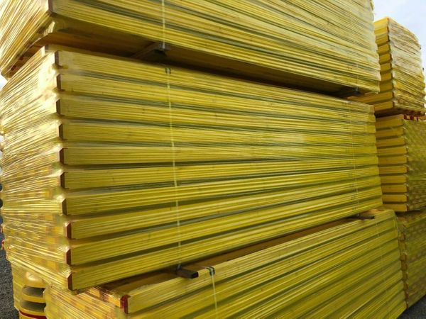 50 Holzträger 3 6m Dokaträger
