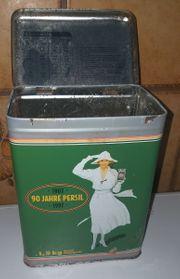 gebrauchte Persil Blechdose mit der