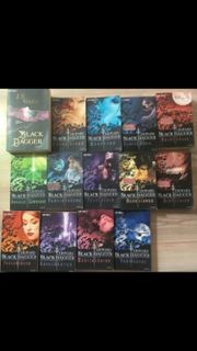 15 Bücher Black Dagger