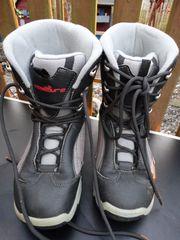Snowboard Boots Gr 34 und