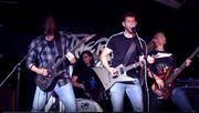 Bassist gesucht für Metalband im