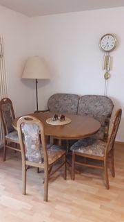 Sitzgarnitur Tisch Bank und Stühle