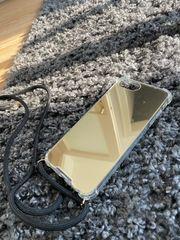 Handyhülle zum Umhängen IPhone 8