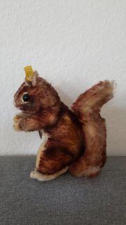 Steiff Eichhörnchen Perry