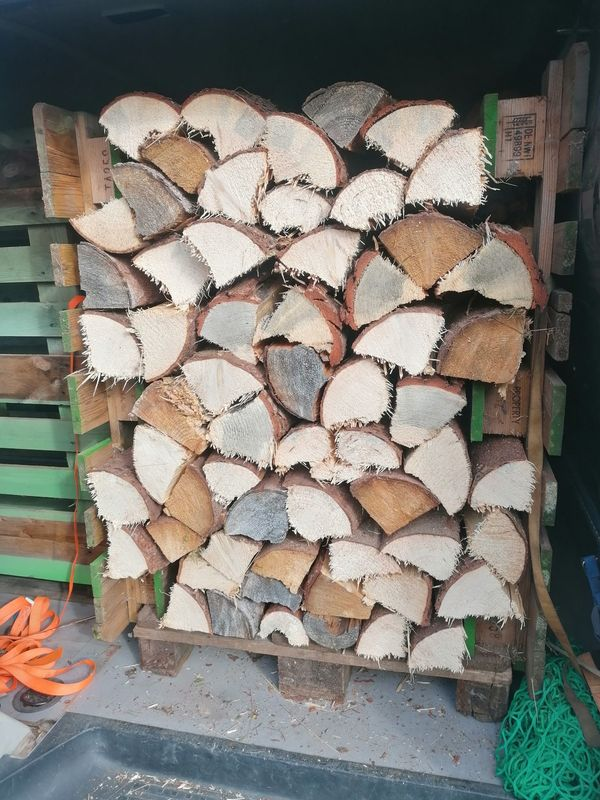 ofenfertiges Brennholz Fichte Kiefer zu
