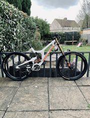 2019 Santa Cruz V10C Carbon Downhill-Mountainbike