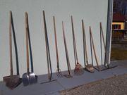 Schaufel Rechen Laubbesen Stiele Gartenwerkzeug