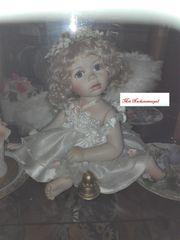 Porzellan Engel mit Nackenstempel