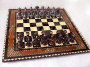 Edles Schachspiel mit Zinnfiguren