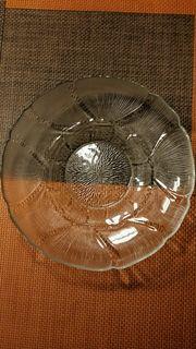 Große flache Glasschale z B