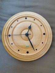 verkaufe Wanduhr aus Holz
