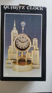 Quartz-Uhr