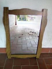 rustikaler formschöner Spiegel