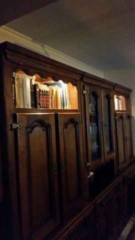 Komplett-Eichen-Wohnzimmer zu verschenken: Kleinanzeigen aus Langenfeld - Rubrik Wohnzimmerschränke, Anbauwände