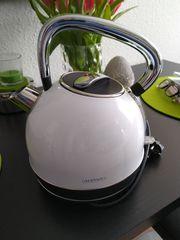 Cooler Wasserkocher