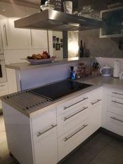 Große Einbauküche Geräte viele Extras