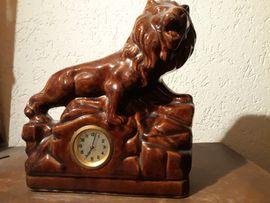 Sonstige Antiquitäten - Kaminuhr Löwe